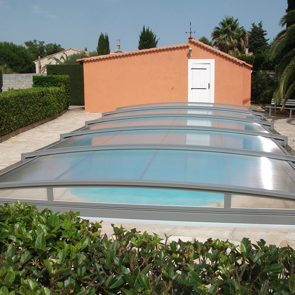 Cloture piscine a partir de with cloture piscine scurit for Clotures de piscine en verre